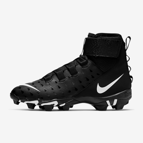 Im Selling These Football Cleats Size 7